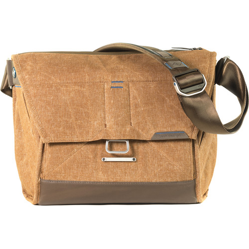 "(Ready Stock) Peak Design Everyday Messenger (13"" Heritage Tan) BS-13-BR-1"