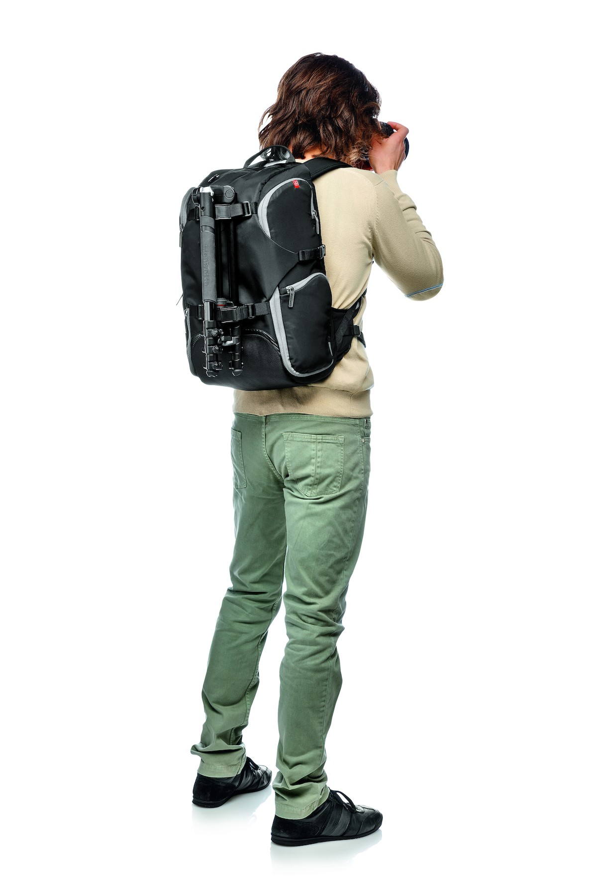 Manfrotto Essential Camera And Laptop Backpack Review- Fenix ... c3670379091bd