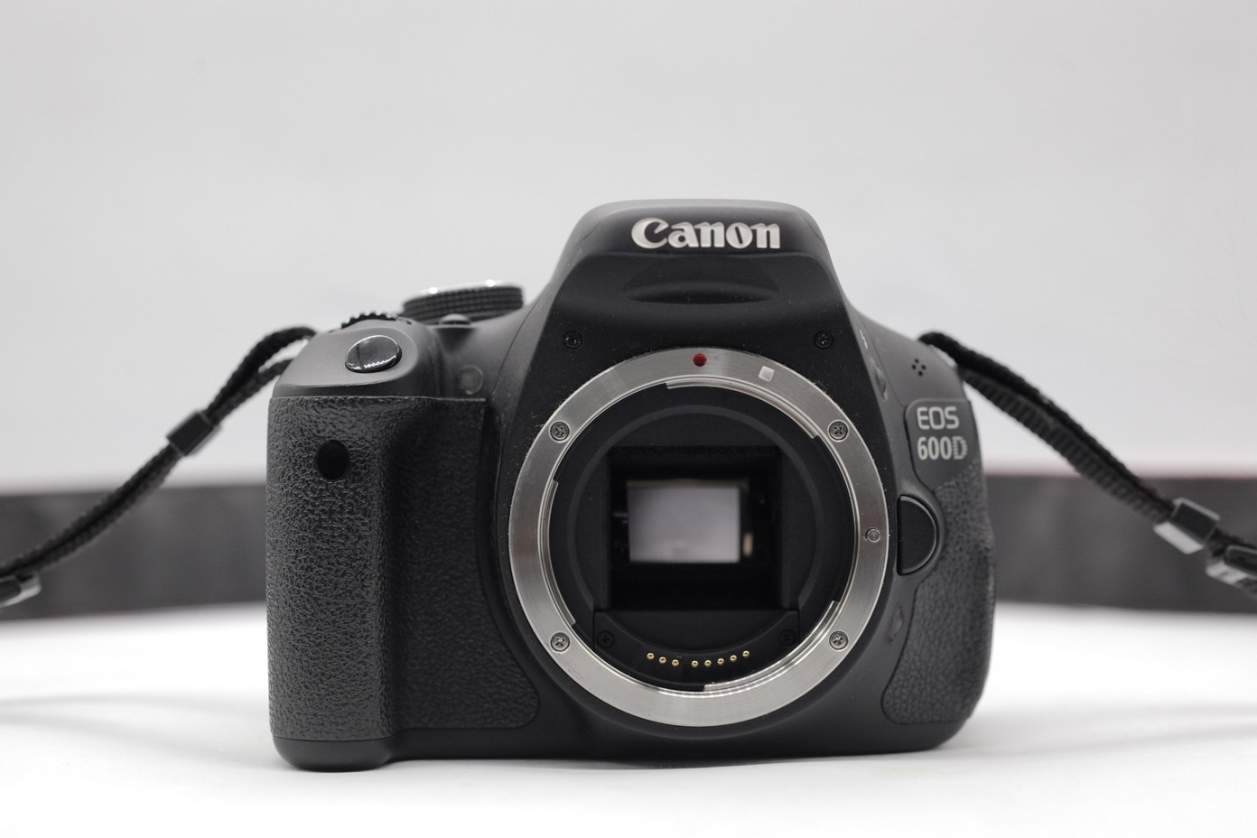 Used - Canon 600D DSLR (SC 6k) (Body)