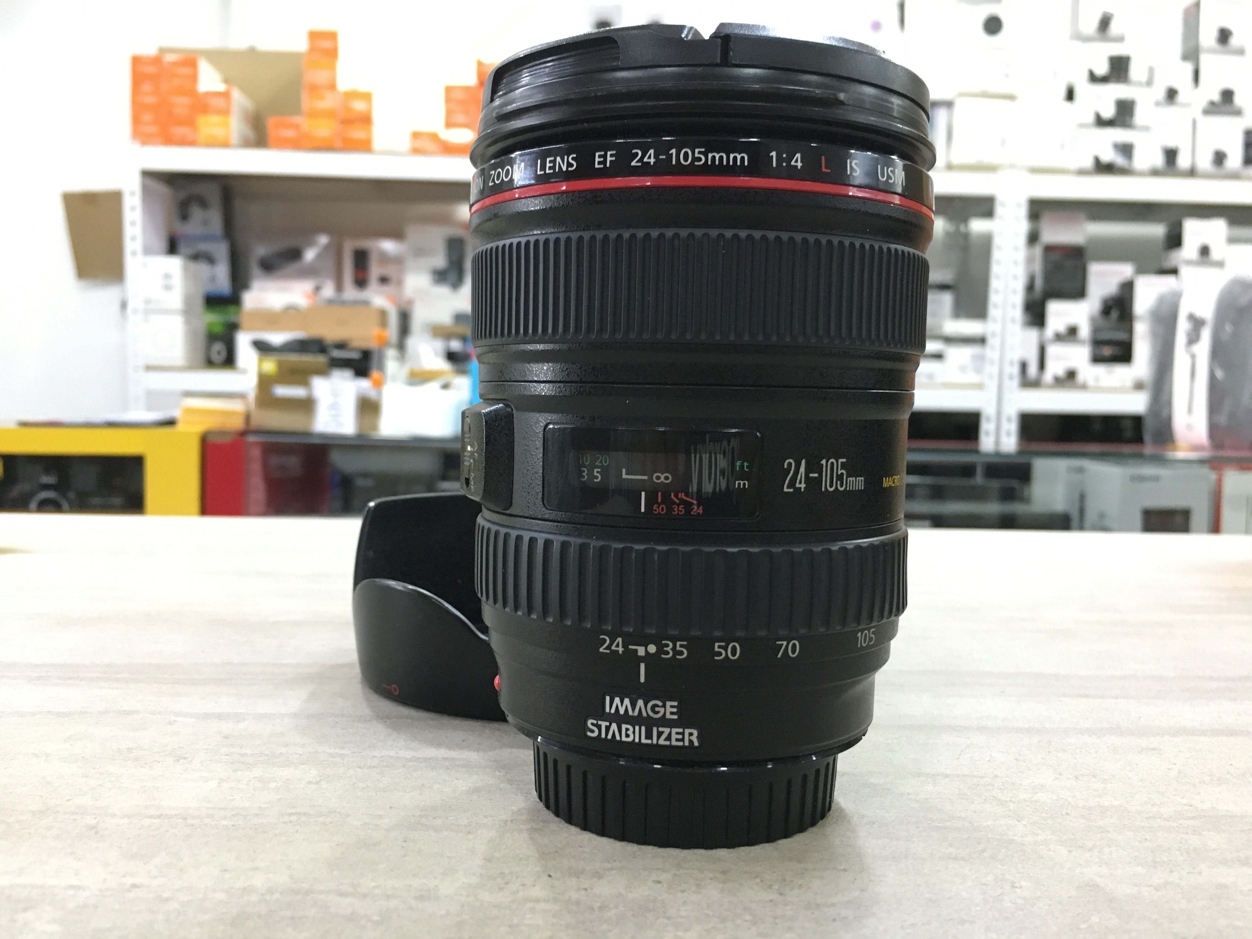 Used - Canon EF 24-105mm F4L IS USM Lens