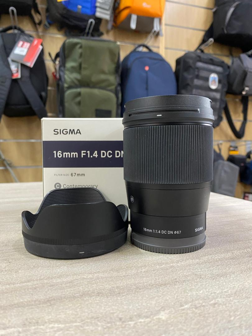 Used - Sigma 16mm f/1.4 DC DN Lens (Sony E mount)