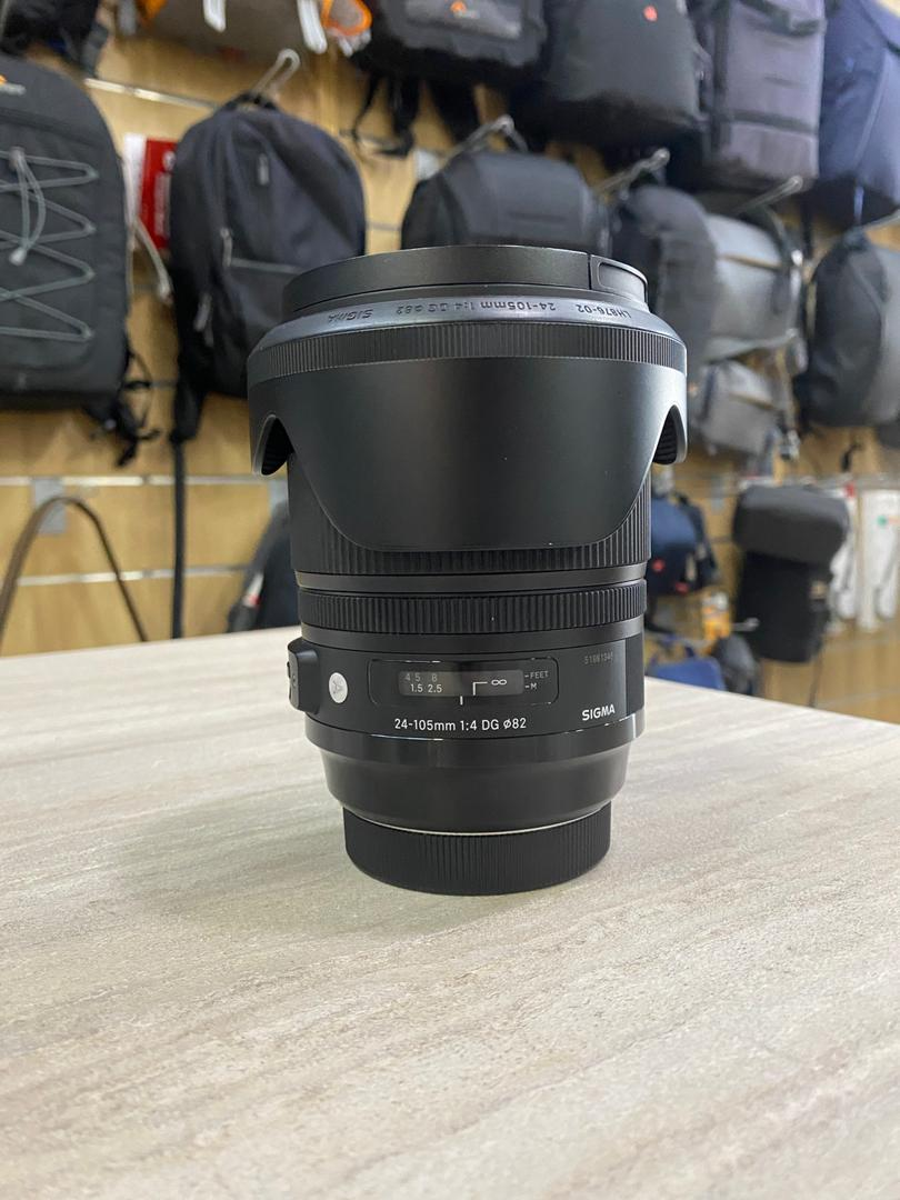 Used - Sigma 24-105mm F4 DG OS HSM Art Lens  (Canon)